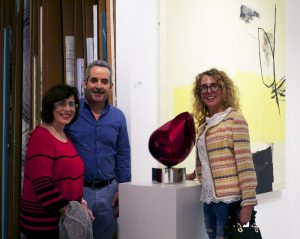 Sculptor Santiago Medina, famous sculptures for sale, miami etra fine art gallery, red sculpture exhibition event, artwork for sale miami